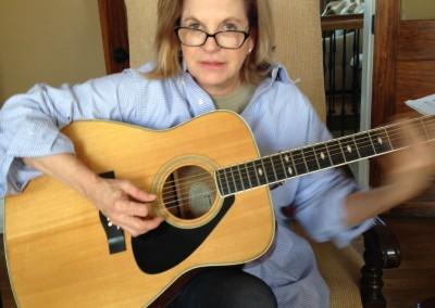 Alice M. - Guitar