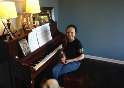 Lia M. - Piano